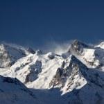 Mountain ski resort in the mountains of the Caucasus — Stock Photo