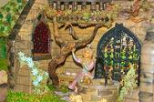 Marzipan princess and frog — Stock Photo