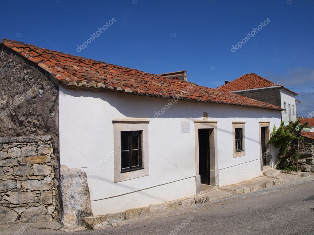 The family house of francisco and jacinta marto stock for House of 950