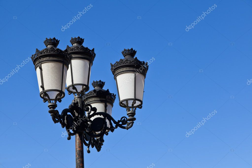 Retro street-lamp — Foto Stock #7534095
