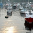 Fishing boats in harbor — Stock Photo