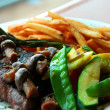 Steak fries vegetables — Stock Photo