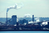 Industrial pollution — Stock Photo