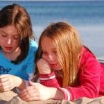 Girl friends talking — Stock Photo #7610792
