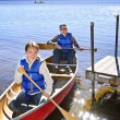 Family canoe trip — Stock Photo