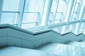 Moderne kantoor gebouw trap — Stockfoto