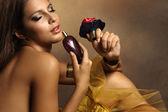 Kobieta z perfum — Zdjęcie stockowe