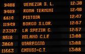時刻表列車時刻表、イタリア — ストック写真