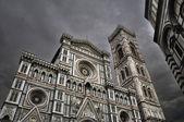 佛罗伦萨大教堂圣玛丽亚 · 德菲奥雷 — 图库照片