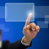 Main gauche homme d'affaires indice appuyez sur le bouton transparent blanc — Photo