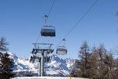滑雪缆车 — 图库照片