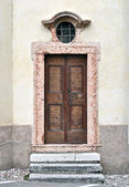 Wooden door — Stockfoto