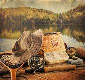 Attrezzatura di pesca a mosca con look vintage — Foto Stock
