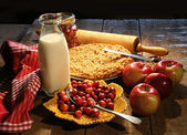 Freshly baked apple and cranberry pie — Stock Photo