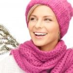 Beautiful woman in winter hat — Stock Photo #7217656