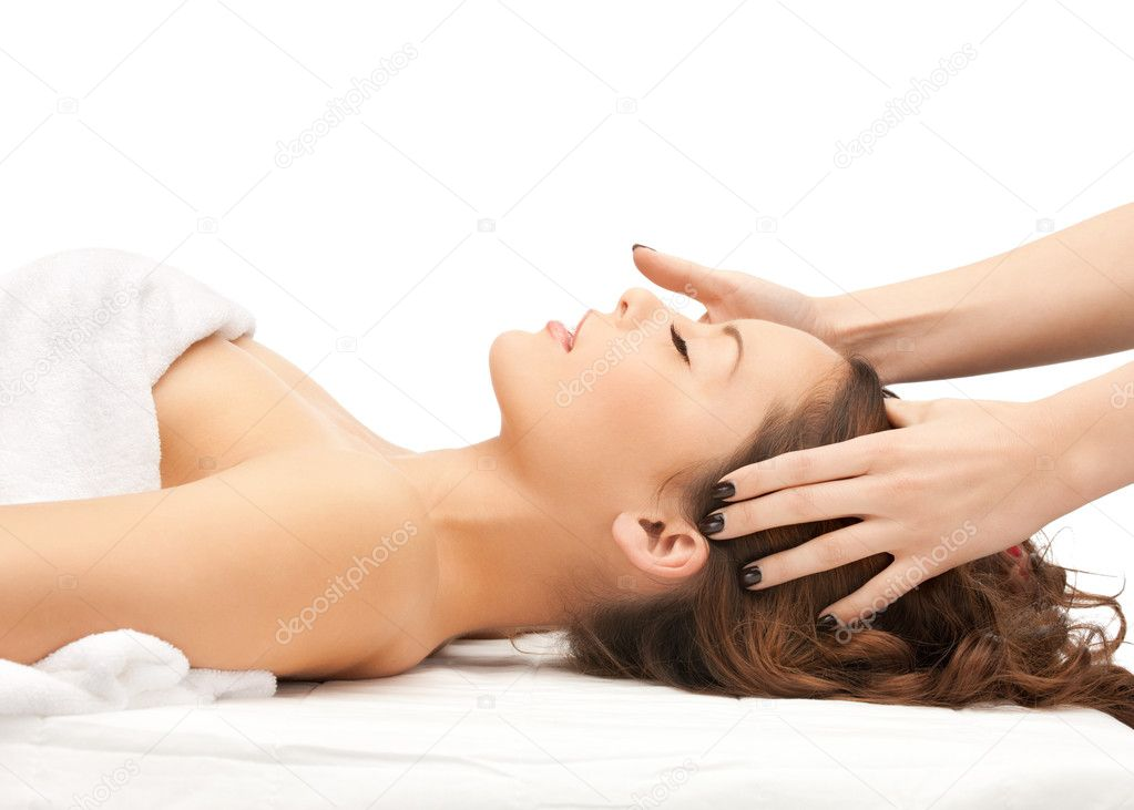Picture of beautiful woman in massage salon — Stock Photo #7740651