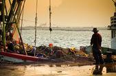 Pescador trabalhando — Fotografia Stock