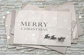 Santa sobre el papel arrugado con concepto gráfico, de navidad nieve — Foto de Stock