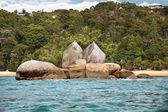 Split Apple Rock in the Abel Tasman National Park — Stock Photo