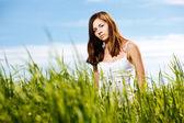 自然に美しいセクシーな女性 — ストック写真
