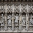 Westminster Abbey facade statues — Stock Photo