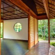 Tea house in Japanese park — Stock Photo