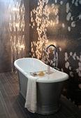 Classic bathroom — Stock Photo