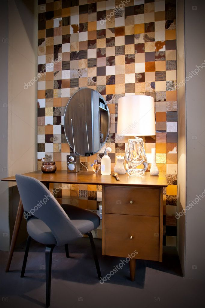 Home interior with toilet table — Stock Photo #7899751