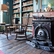 Interior with antique firepalce — Stock Photo #7912253