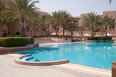 香格里拉 al husn 游泳池 — 图库照片
