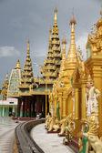 Shwe Dagon pagoda — Stock Photo