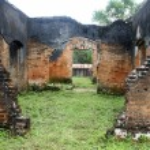 Ruins of brick temple — Stock Photo #7529365