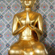 New golden Buddha — Stock Photo