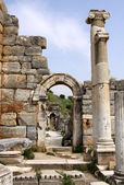 Antique ruins in Ephesus — Stock Photo