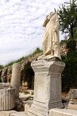 Oud standbeeld in Efeze — Stockfoto