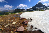 Logan pass sneeuwval — Stockfoto