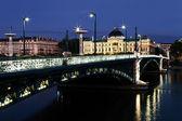 Night on the bridge — Zdjęcie stockowe