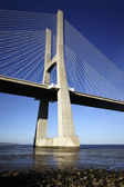 The Vasco da Gama bridge in Lisbon — Foto de Stock