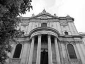 Cathédrale saint-paul à londres — Photo