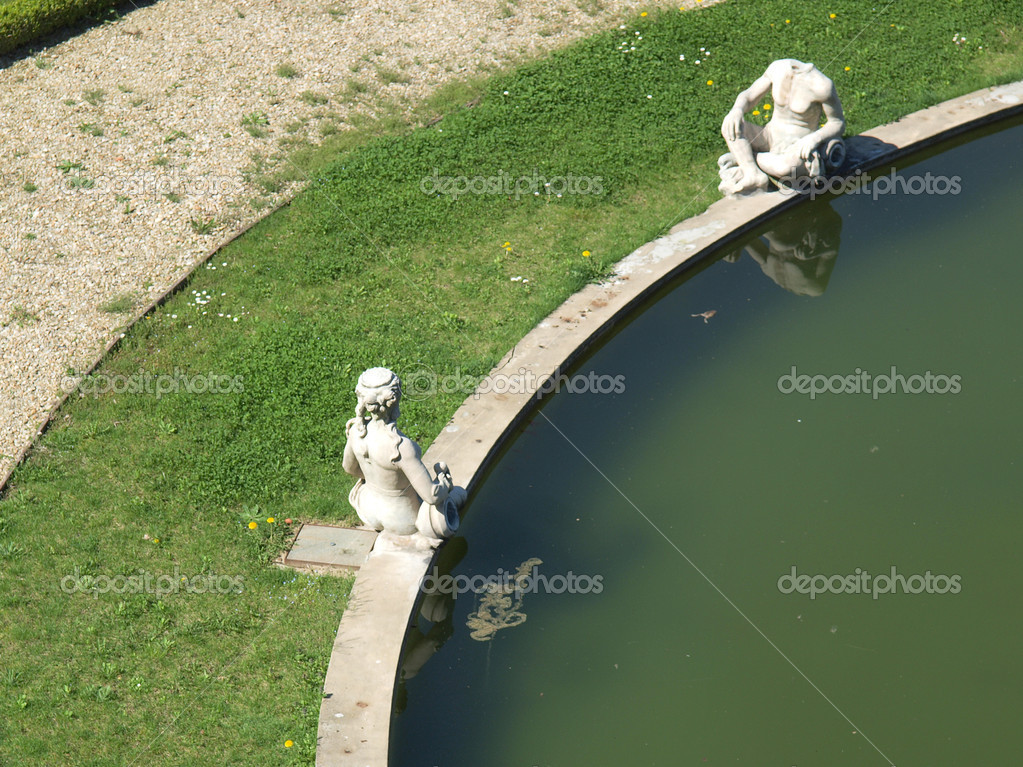 Fontana di Nettuno (Neptune fountain) at Villa Della Regina, Turin, Italy — Stock Photo #7431103