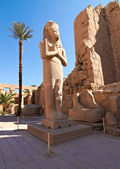 Pharaoh Ramses II enormous stone statue — Stock Photo