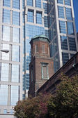 Old and new - architecture of Nashville — Stock Photo
