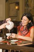 Boire du thé — Photo