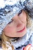 Portrét krásné zimní blondýna — Stock fotografie