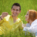 Happy couple outdoor — Stock Photo #7652372