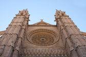 Fasáda katedrály — Stock fotografie