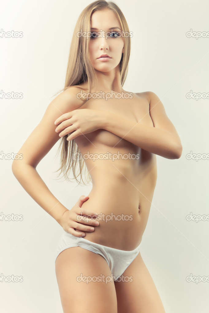 Sexy young glamour slim girl pose — Stock Photo #7005923