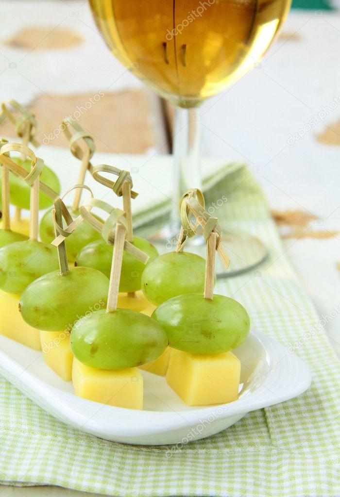 Рецепты виноград с сыром
