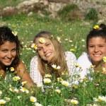 Skupina hippie dospívající nebo mladých žen — Stock fotografie