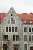 Facade of the ancient house in Tallinn — Stock Photo